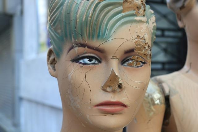 battered-mannequin