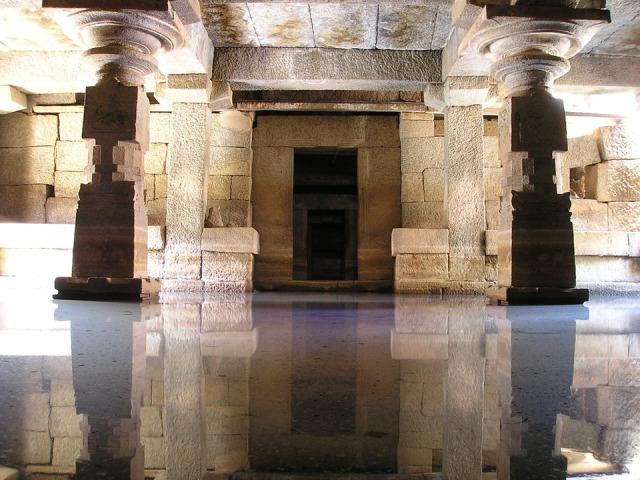 mirror stone temple door